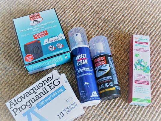 pharmacie anti moustiques voyage famille