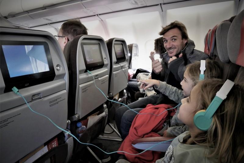 Prendre l'avion avec des enfants