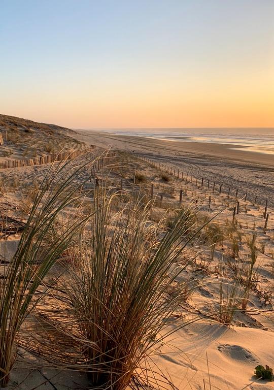 le porge ocean sunset